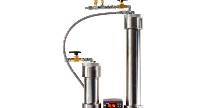 Cannabis oil CO2 extractor